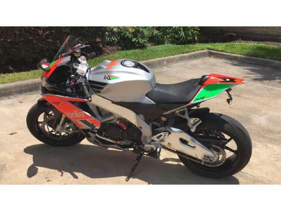 2013 aprilia rsv4 r aprc abs for sale, whatsap me on +971554154206